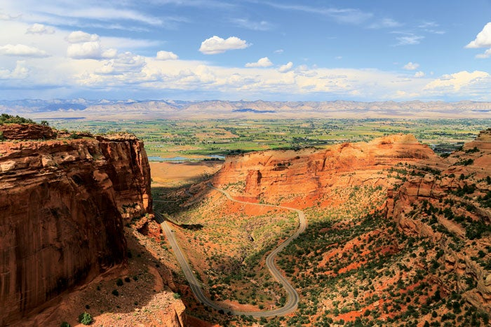 Rim Rock Drive in Colorado National Monument