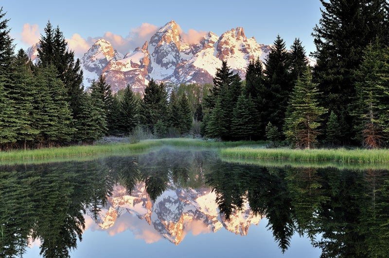 Grand Teton National Park - Tetons in the early morning May 28th, 2017 at Schwabachers Landing